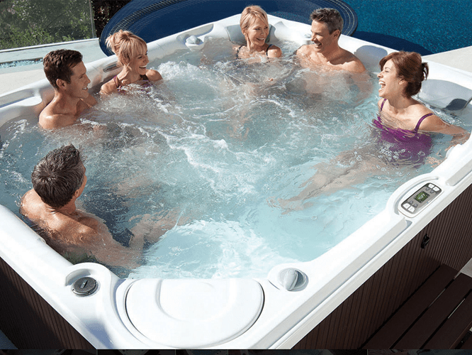 Hot Tub 1 Image